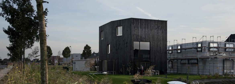Zwarthout shou sugi ban huizen van zwarthout op tv in for Tv programma het huis