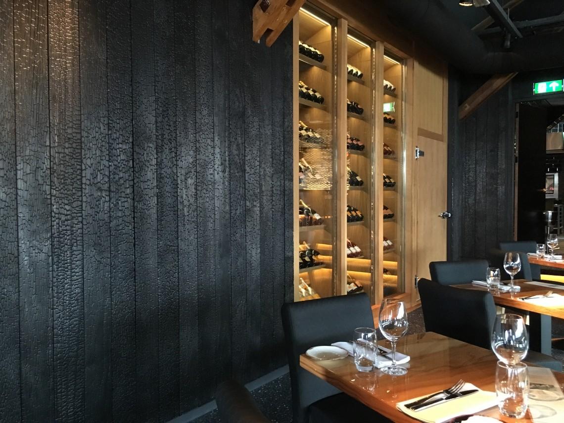 zwarthout shou sugi ban restaurant encore scheveningen. Black Bedroom Furniture Sets. Home Design Ideas